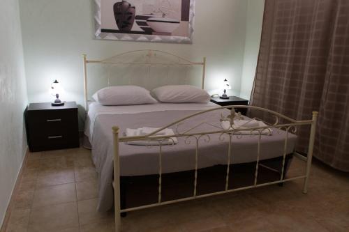 Camera Matrimoniale A Grottaglie.Re Sole Resort Grottaglie Puglia Italia