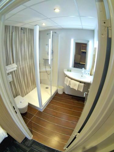 comfort hotel marseille airport h tel rue blaise pascal 13127 vitrolles adresse horaire. Black Bedroom Furniture Sets. Home Design Ideas