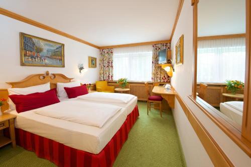 Park Hotel Laim photo 46
