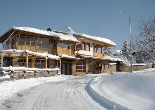 Hotel Pri Chakara