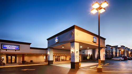 Picture of Best Western Plus Milwaukee Airport Hotel & Conference Center
