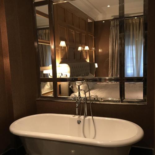 Suite Deluxe Hotel Rector 4