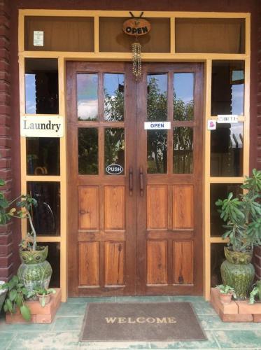 Picture of Shwe Pauk Pin Inn