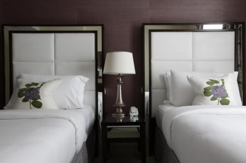 The Mandeville Hotel - image 11