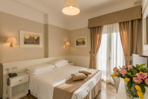 Hotel Modigliani - 13 of 44