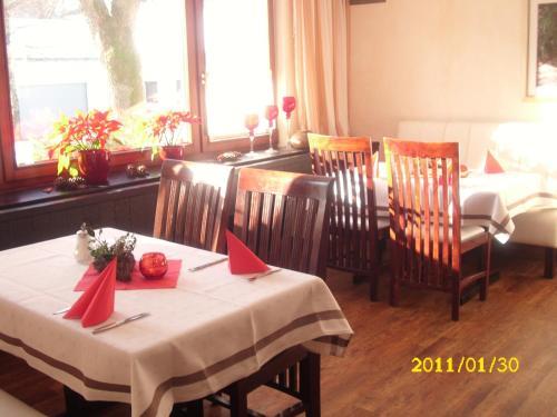 Landhotel Pingel (Bed and Breakfast)