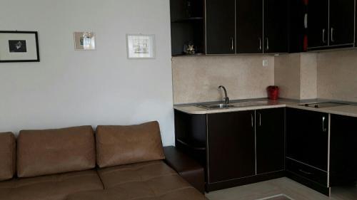 Kraybrezhna Apartment