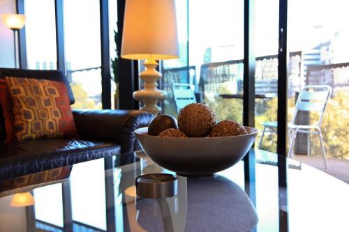 Docklands Executive Apartments (B&B)