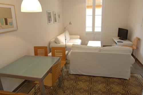 BarcelonaForRent Vila Deluxe Apartments