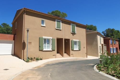 Holiday home L Enclos de l Aqueduc