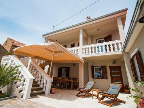 Holiday home Villa Lukica