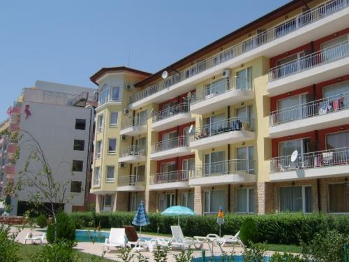 Sunny Gardens Apartments