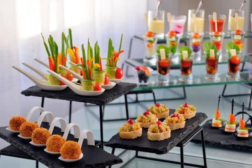 Mövenpick Hotel Apartments Al Mamzar Dubai photo 43