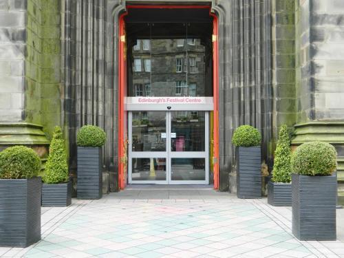 Edinburgh Festival Glamping Village Customer Reviews Royal Highland Centre