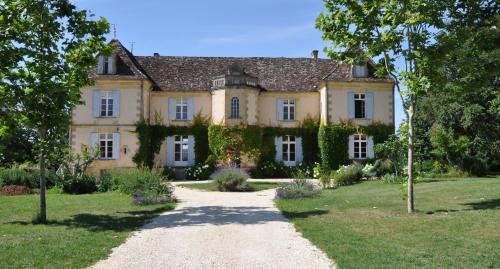 Château Le Tour - Chambres d'Hôtes