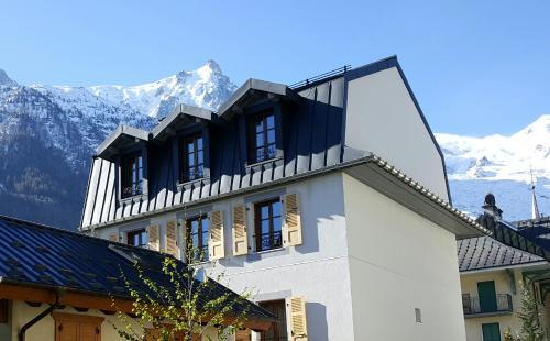 Hotel du clocher h tel 110 passage de l 39 androsace 74400 - Horaire piscine chamonix ...