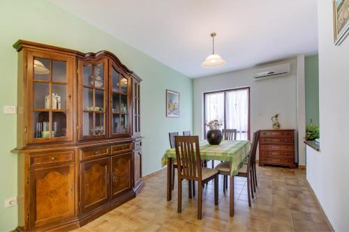 Apartment Andrino