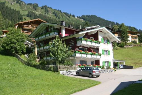 Haus Alpenecho (Bed and Breakfast)