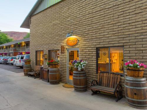 Rustic Inn, Moab - Promo Code Details