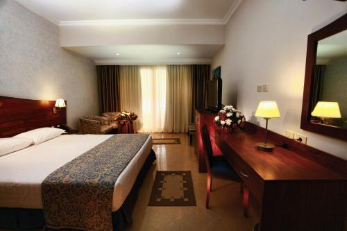 Special Offer - Double Room with Pool View - Egyptians and Residents Only
