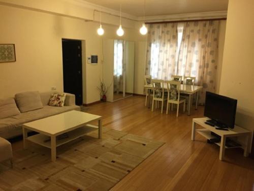 Апартаменты Бузанд 2