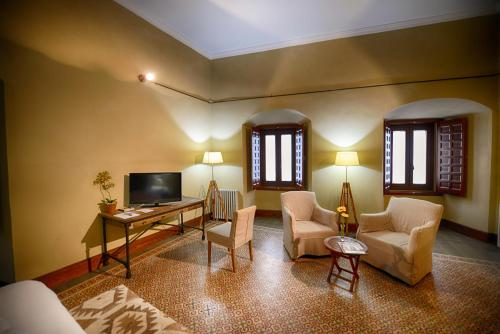 Suite Palacio Carvajal Girón 5