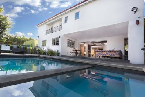 More about Rodeo Drive Villa