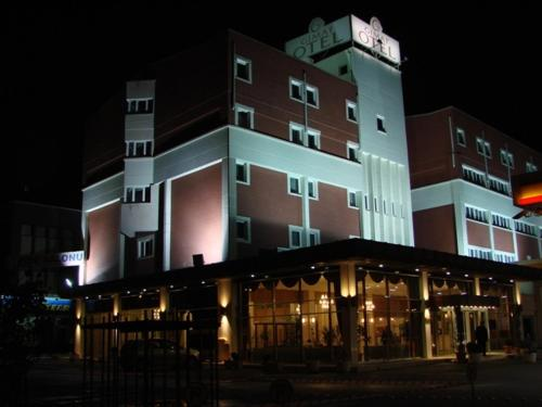 More about Gimat Hotel