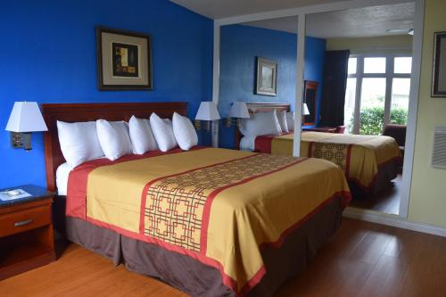 Encore Motel CA, 90291