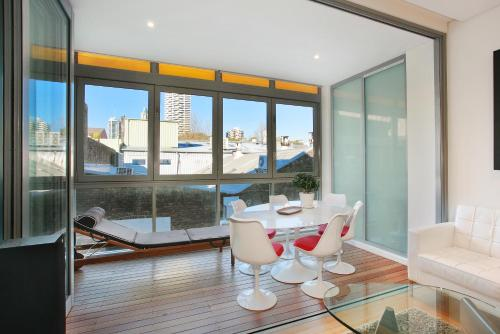 R15S 1BR Darlinghurst - Uptown Apartments