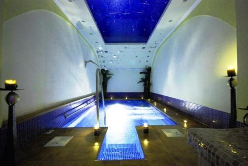 Best price on pozar salt cave hotel spa in aridaia reviews - Hotels with saltwater swimming pools ...