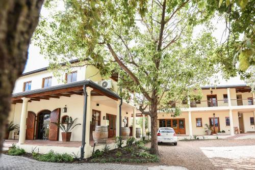 Lovane Boutique Wine Estate