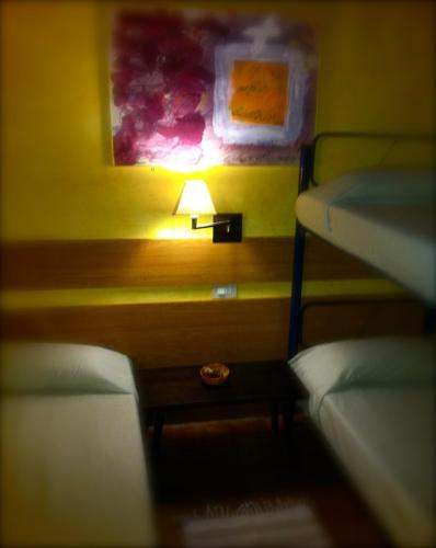Hostal Antic Balneari De Rocallaura