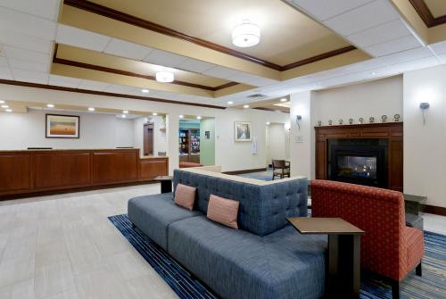 Homewood Suites By Hilton� Somerset Nj