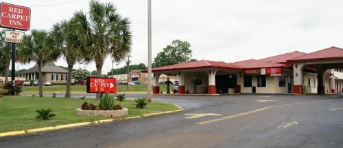 Picture of Red Carpet Inn - Natchez