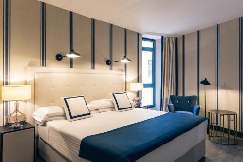 Stay at Hotel Mercure Jardines de Albia