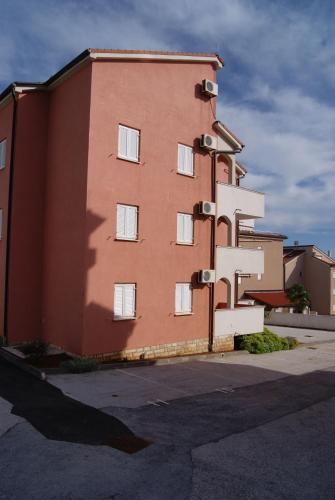 Apartments Sedmak