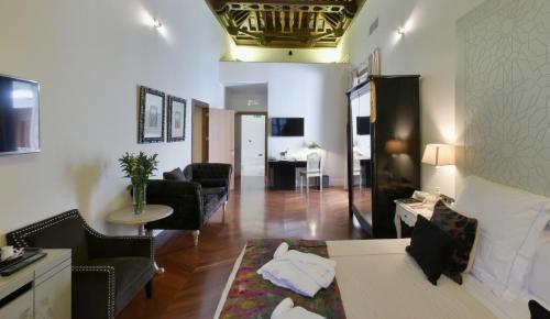 Familiensuite mit 2 Schlafzimmern Palacio Pinello 6