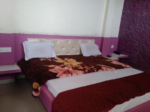 Отель STARiHOTELS Anand Nagar 2 звезды Индия