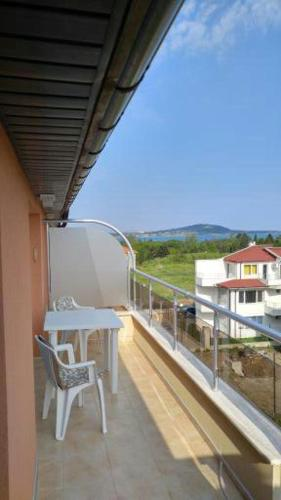 Отель Temenuga Apartments 0 звёзд Болгария