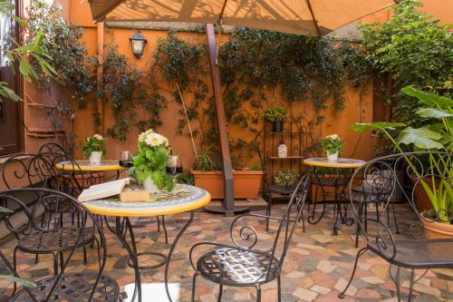 Hotel Modigliani - 9 of 44