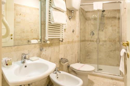 Hotel Modigliani - 38 of 44