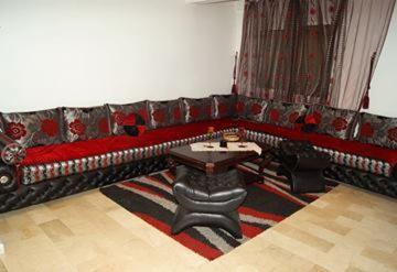 HotelDadoussi Apartment