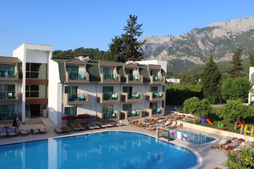 Batont Garden Resort Hotel