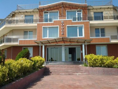 Apartment in Villa Rouge