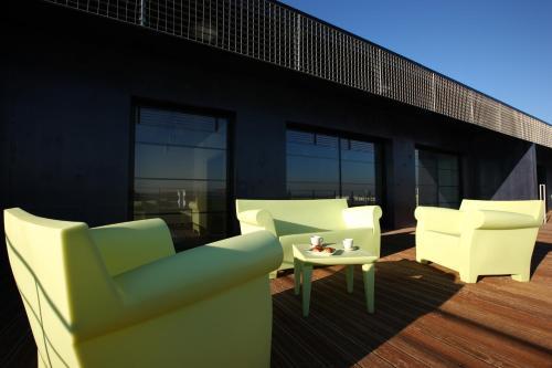 olivarius apart hotel lille villeneuve d 39 ascq villeneuve d 39 ascq nord pas de calais northern. Black Bedroom Furniture Sets. Home Design Ideas