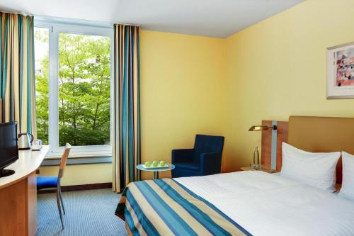 IntercityHotel Düsseldorf photo 23