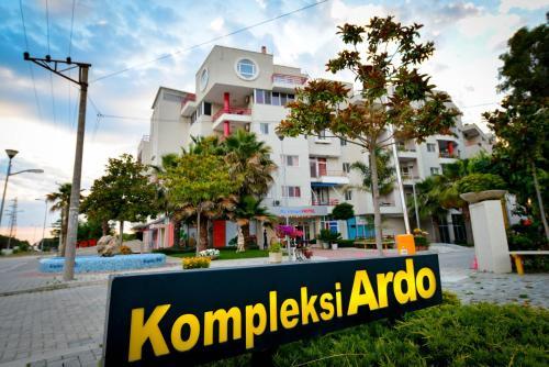 Отель Apartments Ardo 3 звезды Албания