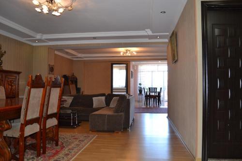 Апартаменты Меликишвили