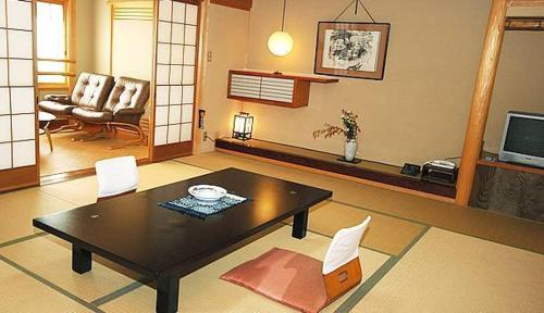 日式房-帶共用浴室 (Japanese-Style Room with Shared Bathroom)